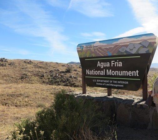 Cordes Lakes, AZ: Roadside Stop And Signage