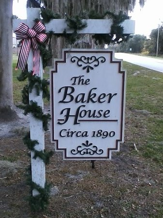 Wildwood, FL: Baker House sign