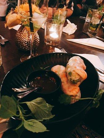 Silvester Abend im Restaurant Jasmin verbracht. Es war grandios mit freundlichem Service und sehr gutem Essen! Wir kommen wieder :))))