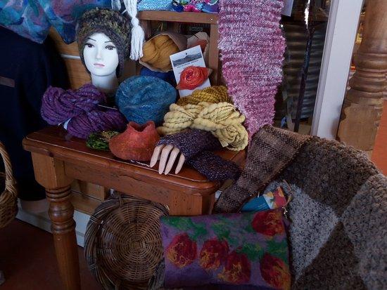 Nimmitabel, Australia: Local handmade treasures