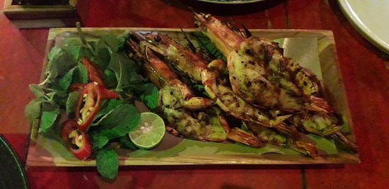 Romantic Dinner, Tasty, Good Service 🤤😍 .  Actually all is my fav menu 😁 Like Pork Skewer, Grill Shrimp & add some green thai chilli 🤤