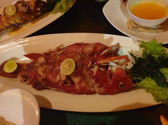 Amal Restaurant & Bar: Название не помню, но хотела попробовать красную рыбу! Не пожалела