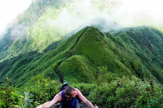 Trekking Fansipan og Mu Cang Chai...