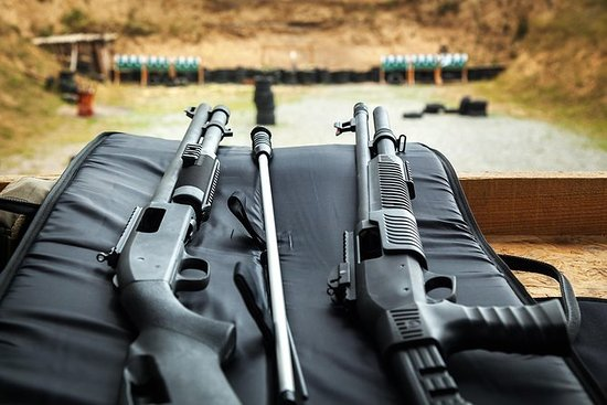 Krakow: Extreme Shooting Range med ...