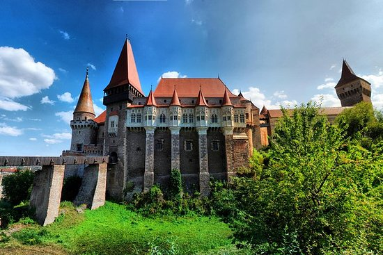 Sibiu Day Trip: Corvini Castle and...