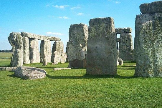 Stonehenge & Winchester