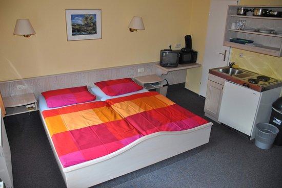 Obereichstaett, Saksa: Alle Zimmer sind mit Kochgelegenheiten (Küchenzeile oder Kochplatten) ausgestattet.