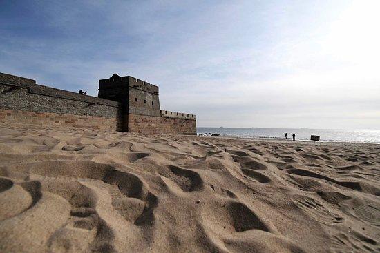 Laolongtou (Old Dragon's Head): 海からみた老龙头