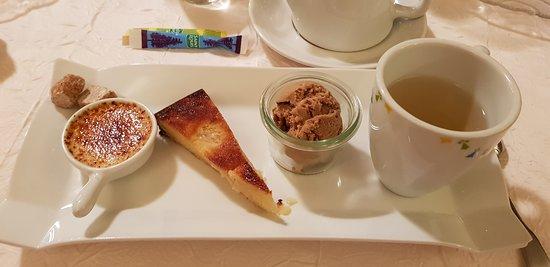 Pleyben, Prancis: Thé gourmand