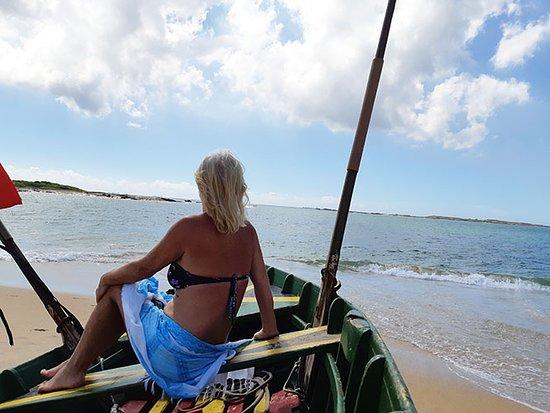Itaparica Beach: Seria como lavar a alma, sentar-se num dos barcos para a foto !!!