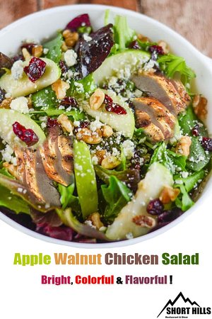 Salt Point, Нью-Йорк: Apple walnut chicken salad😍 Colorful,Bright,flavorful 🍏🍗🥜 #shorthills.ny