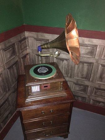 Riddlr Escape Rooms: Riddlr