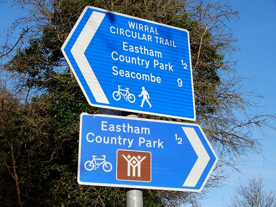 Eastham Country Park: Sign post to Eastham Country Park.