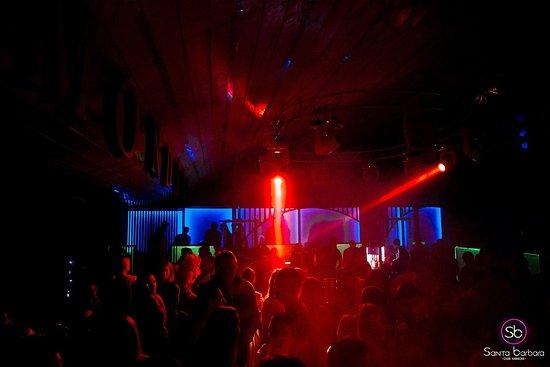 Клуб хаус ночной петербург женский волейбольный клуб динамо москва сайт