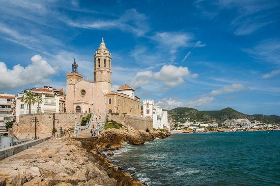 Tarragona and Sitges Full-Day Tour with...