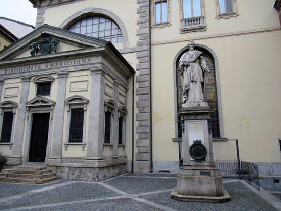 Statua di Federico Borromeo