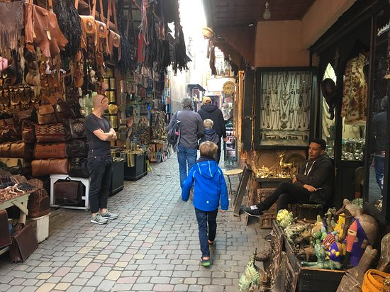 Marrakech Full Day Guided City Tour - Private Tour: In de Medina