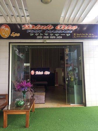 Dinh Gia Spa
