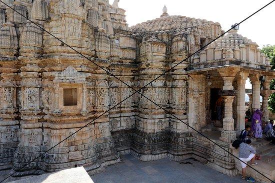 Samadhisvara Temple 사진