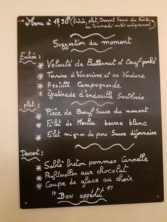 Auberge du Cheval Blanc: Bon restaurant avec un premier menu intéressant.