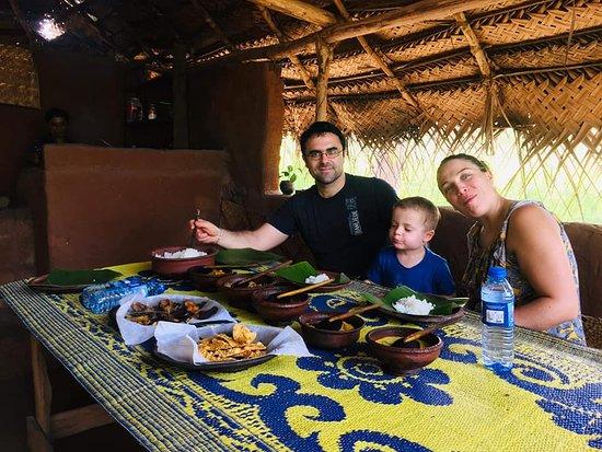 Salut Sri Lanka Tours: Sri Lankan food tour