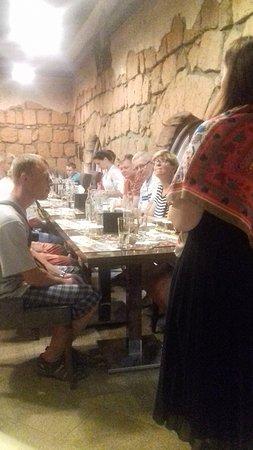 Yerevan Brandy Factory:  экскурсия и дегустация в Ереванском коньячном заводе.