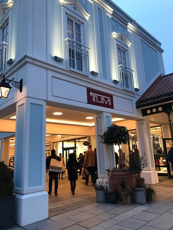Designer Outlet Parndorf - 2019 All You Need to Know BEFORE You Go ... c012bbb4fc2