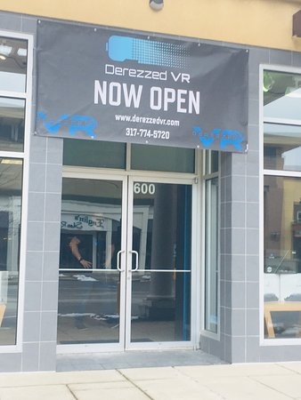 Noblesville, IN: Derezzed Virtual Reality