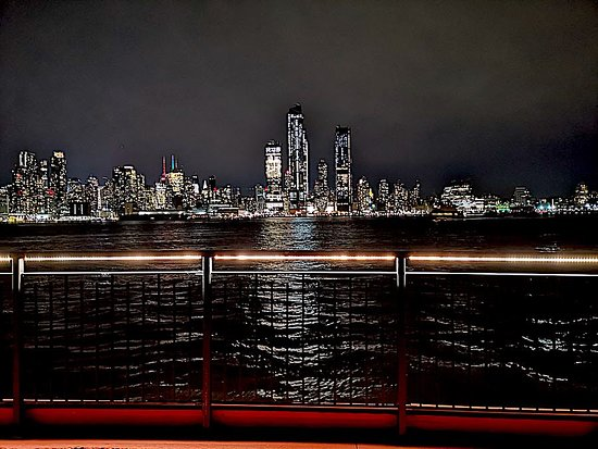 New York From The Chart House