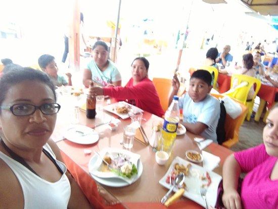 Pucusana, Perù: Restaurante Los Reyes