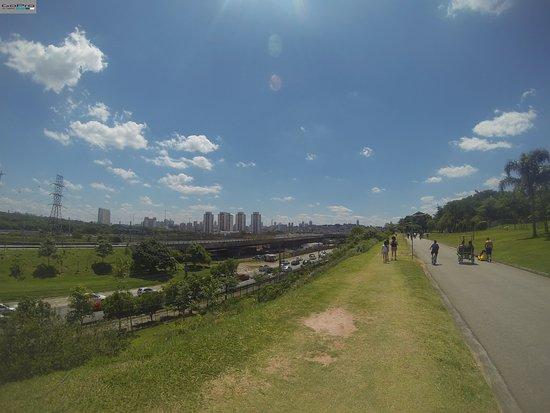 Roller TXT Urban Freestyle - 3 Parques de São Paulo - Villa-Lobos, Parque do Povo e Parque Ibirapuera - Trecho alternativo e Trecho Oficial - 30km ida e volta, com volta dentro dos parques.