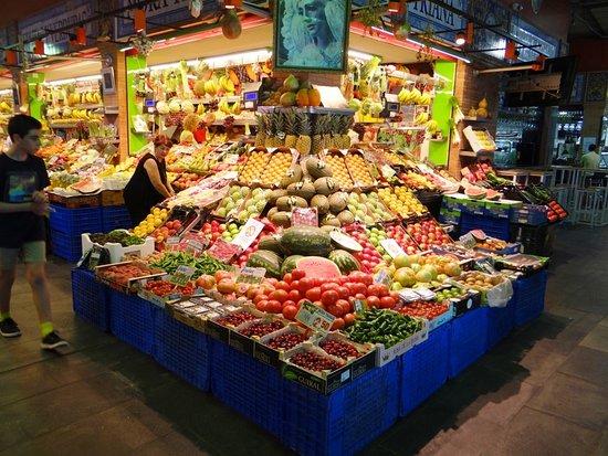 Mercado de Triana: OLHA O CAPARICHO