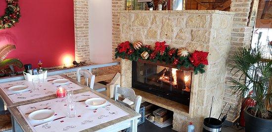 Varkiza, Yunani: Dining Room