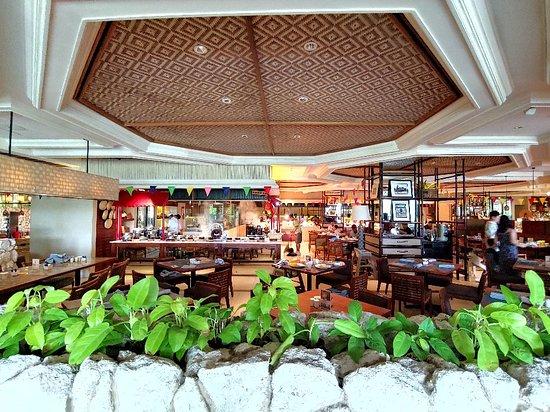 Tides at Shangri-La's Mactan Resort & Spa: Best Breakfast Buffet in Cebu
