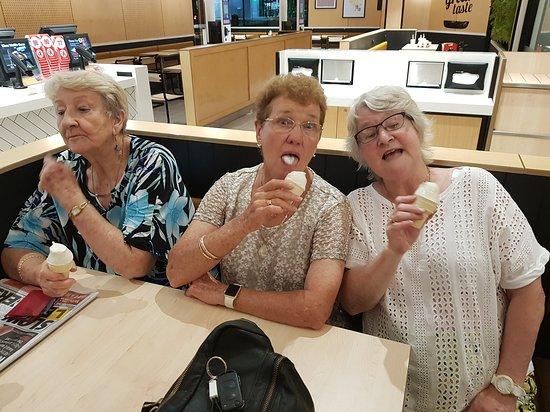 Applecross, Úc: ice cream time