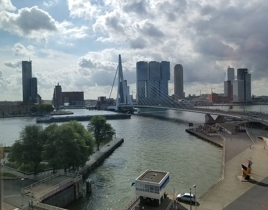 Inntel Hotels Rotterdam Centre: View from our room.