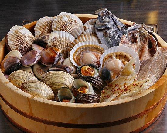 Shichirin Yaki Restaurant Hana Mizuki: 新鮮な貝やこだわりの干物を七輪で焼いてお召し上がり下さい