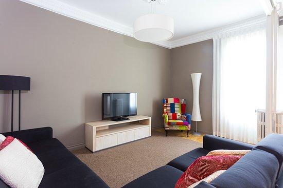 Apartamento de 3 Habitaciones con Balcón: Salón