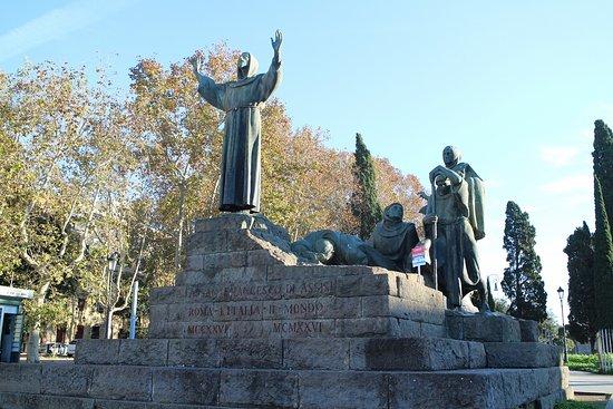 Monumento a San Francesco d'Assisi (Roma): AGGIORNATO 2020 - tutto ...