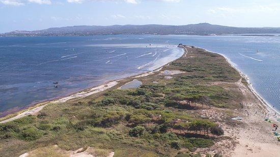 Kite Village Sardegna: KVS - Scuola kitesurf Sardegna Punta Trettu kite spot