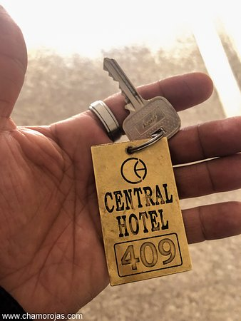 Número de habitación que me dieron. Da hacia la parte trasera del hotel en donde se escucha menos el ruido del mercado.