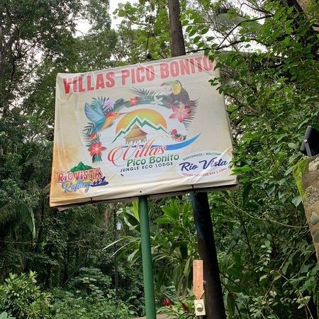 Pico Bonito, הונדורס: Bello y hermoso lugar servicio excelente con gusto regresaría