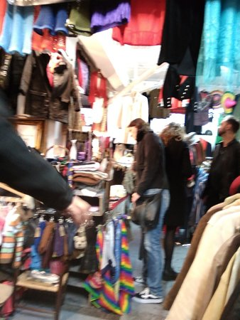Brick Lane Upmarket: Sunday Up Market & Vintage Shops