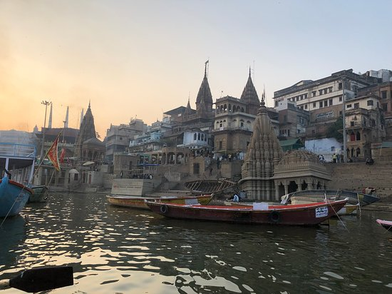 Kashi Journeys: River tour of the ghats.