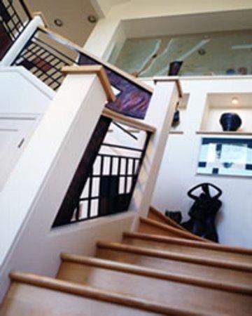 Van Dop Gallery: Interior Image