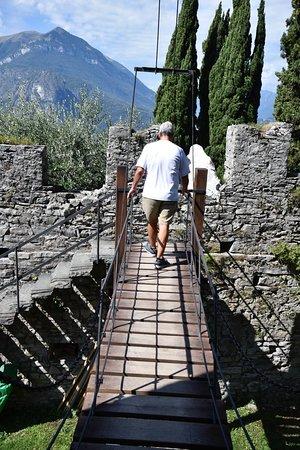 Castello di Vezio bridge
