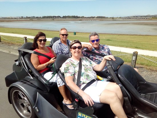 Supertrike Tours and Hire: Wife's xmas present and mates birthday present. Very cool way to spend 45 minutes. Well worth a visit to Super trike tours. They rock.