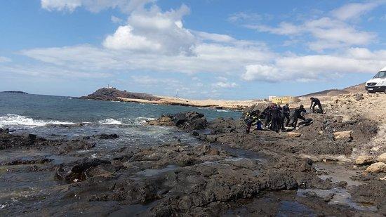 Playa de Arinaga, España: Juste avant de plonger... magnifique!