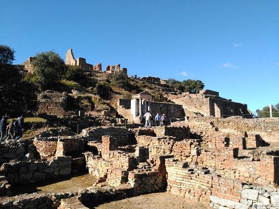 Hostería Casa Adriano: Ruinas romanas de Munigua