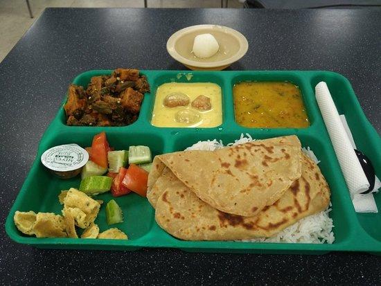 Indira Gandhi Intl Airport: Gujarati Swado..- D2 food court